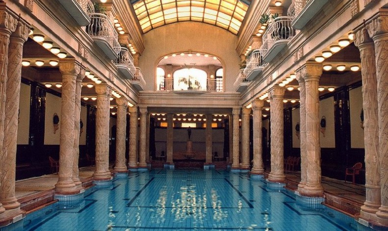 Gellért fürdő medence