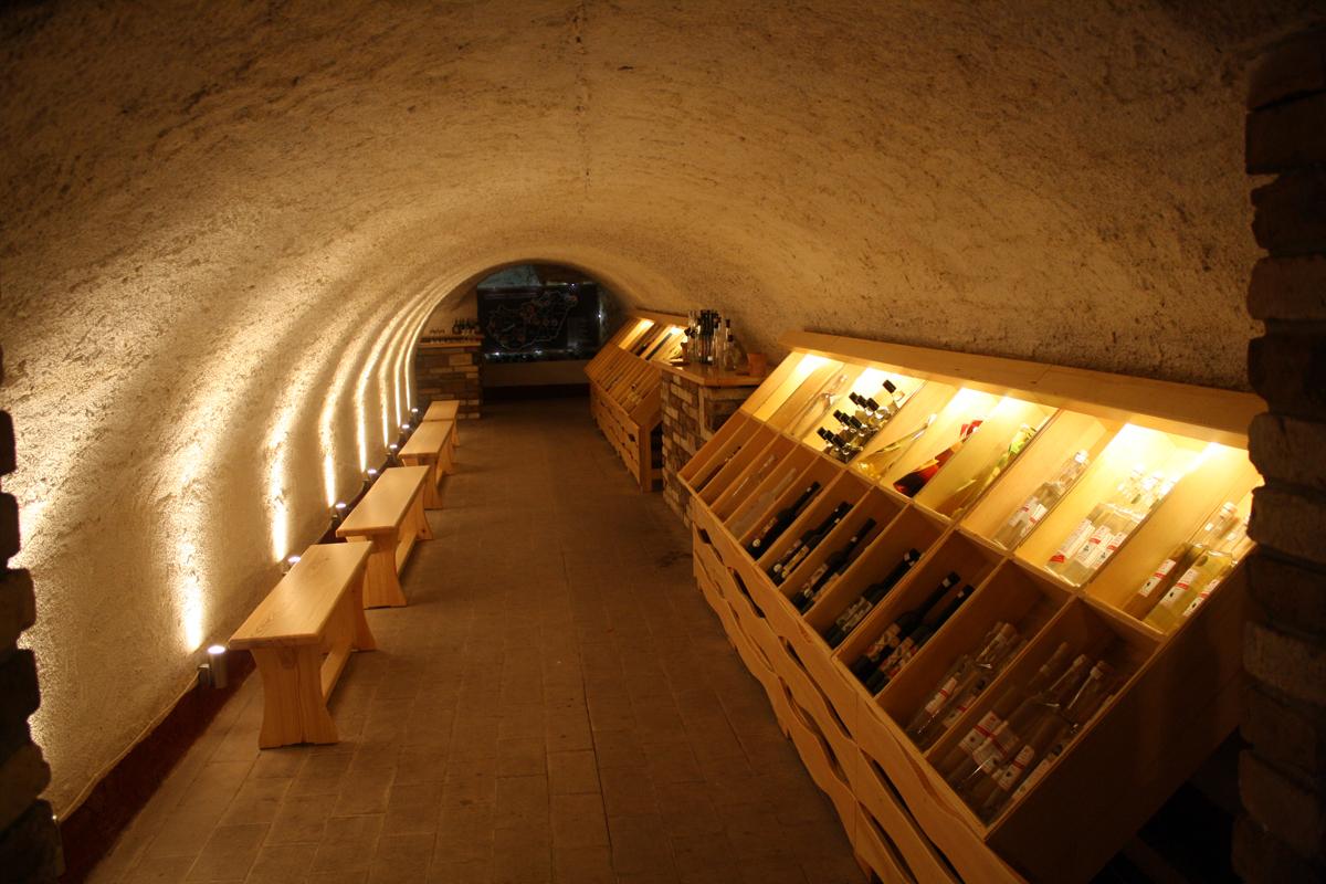 Nemzeti Bormúzeum és Labirintus